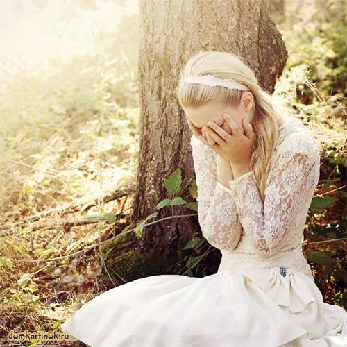 Девушка блондинка на аву черно белое 29