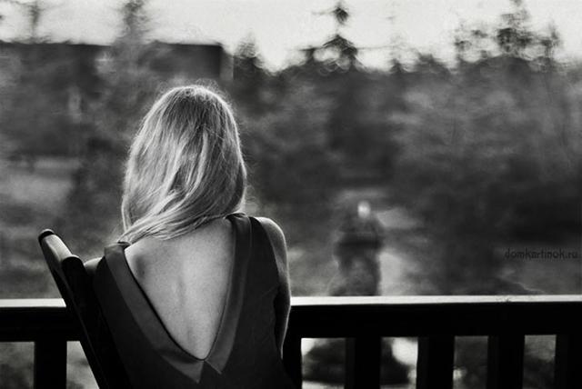 Картинка девушки сзади спина девушки