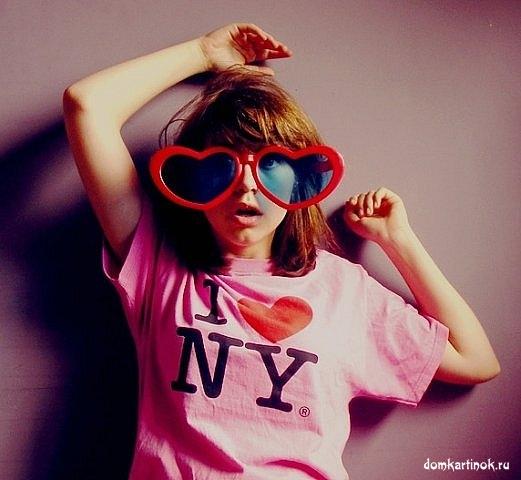 Фото для авы в контакте девушки в очках