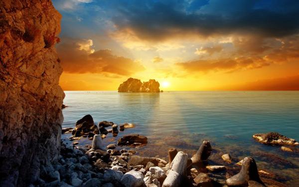 закат солнца в море